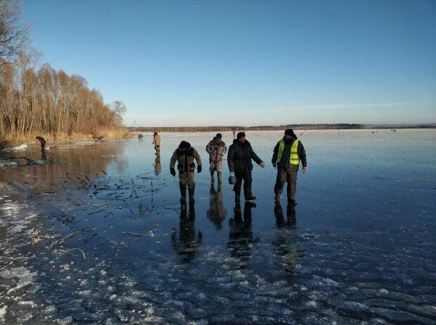 На Харьковщине три друга ушли под лед, так и не поймав щуку