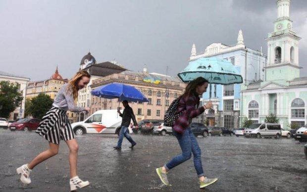 Погода на тиждень: стихія знову покаже українцям характер