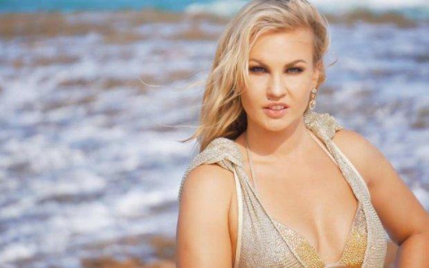 Українська поп-діва розчулила фанатів сімейним фото