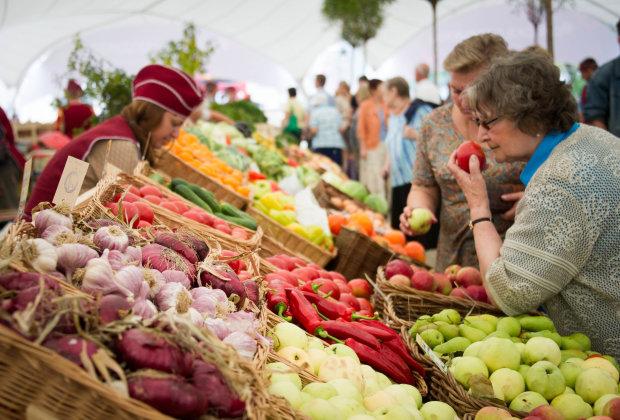 Витаминный взрыв: топ самых полезных овощей и фруктов сентября