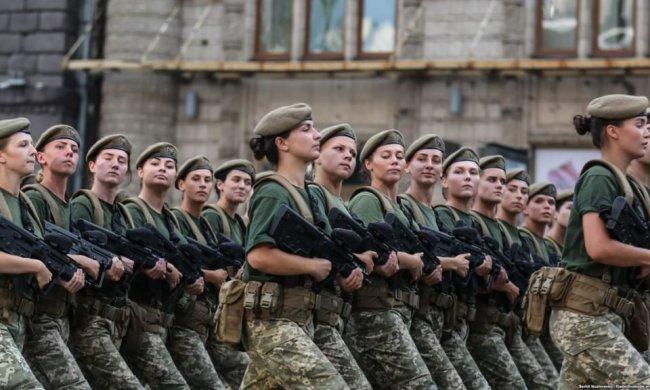 Харків'янки осідлають танки: уперше в історії, - ось вам і слабка стать