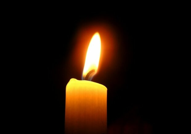 """Франковск оплакивает смерть любимой учительницы, сгорела за часы: """"Тест до сих пор не пришел"""""""