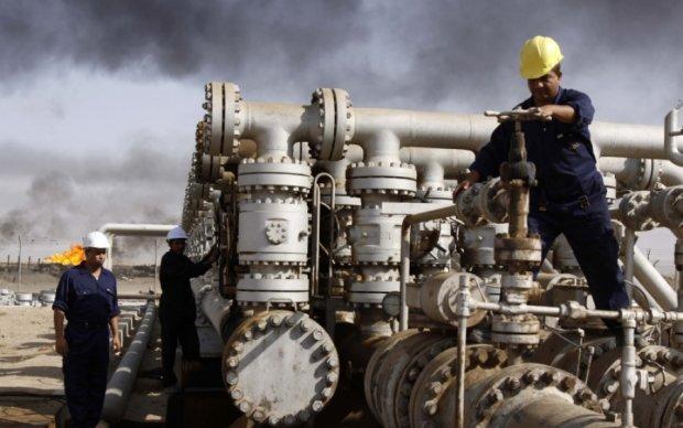 Ціна на нафту поповзла вниз