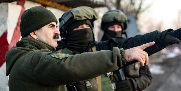 Путінські окупанти обстріляли мирні будинки на Донбасі: воїни ЗСУ відповідають без вагань