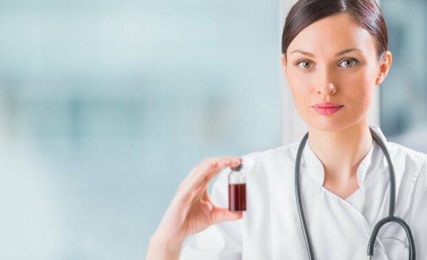 Звичайний вітамін С зможе вилікувати онкохворих: неймовірне відкриття змінить усе