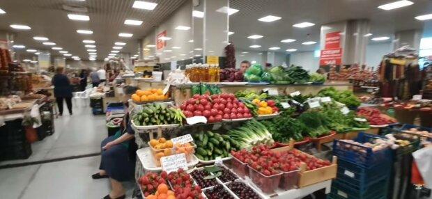 В Украине рекордно подорожали фрукты и овощи - эксперты обвинили во всем весну