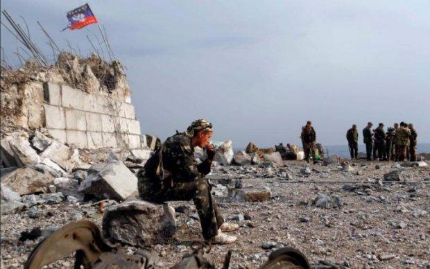 Місія п'яних камікадзе: бойовики будують підземні фортеці