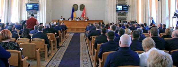 Конец эпохи Райнина: бюджет Харьковской области принят