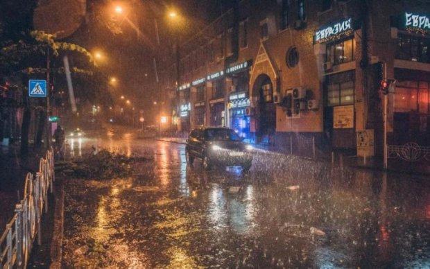 Лучше сидите дома: в Киеве ожидается очередной погодный армагеддон