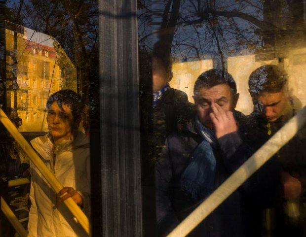 Українці взагалі-то розбагатіли: статистика по областям і професіям