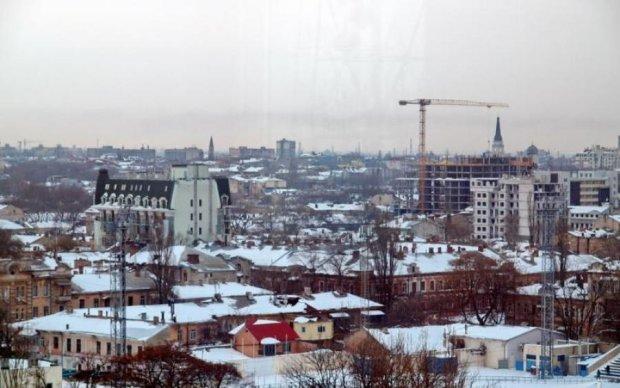 Хребет навпіл: п'яний українець звалився з хмарочосу