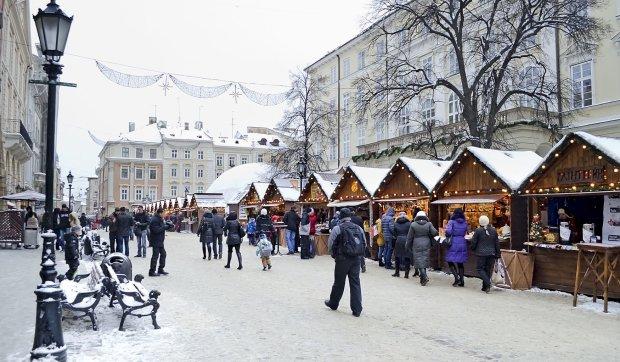 Прогноз погоды на Новый год и Рождество: синоптики объяснили, к чему готовиться украинцам