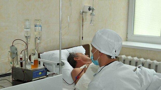 В Украине стартовал новый этап медреформы: бесплатная специализированная помощь и повышенный уровень защиты пациентов