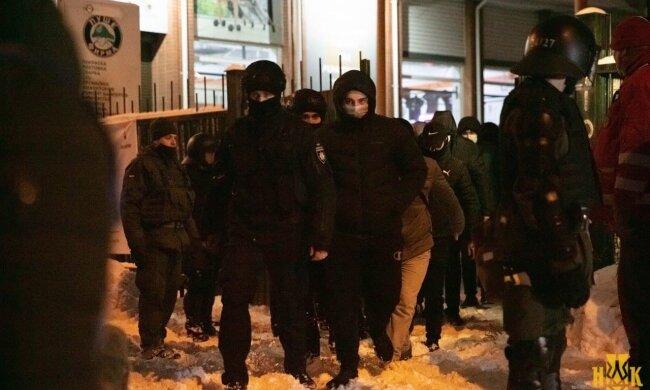 В Нацкорпусе предупредили о провокациях в Киеве на 9 мая