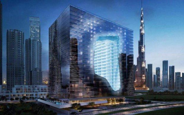 Помилка чи сміливий крок: з'явилися фото найнезвичайнішої будівлі у світі