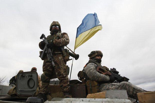 Неразбериха с датами: когда в Украине введут военное положение