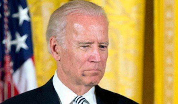Байден пришел в Белый дом с синяком на лице