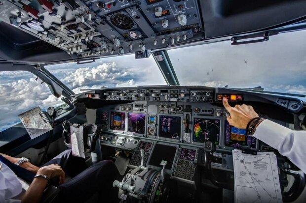 вид з кабіни літака