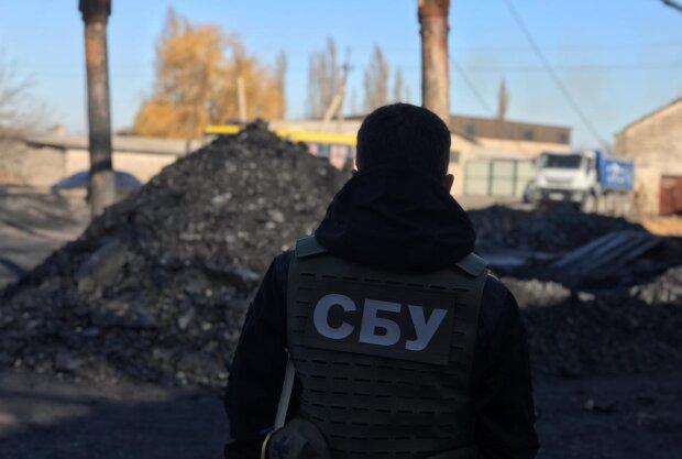 """Чорний ринок вугілля на Донбасі """"продірявив"""" бюджет України, втрачено мільйони: спливли деталі злочинної схеми"""