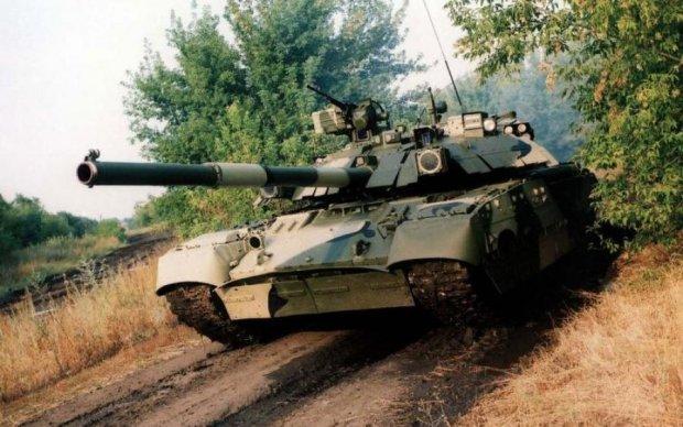 Турчинов назвал танк, необходимый украинской армии