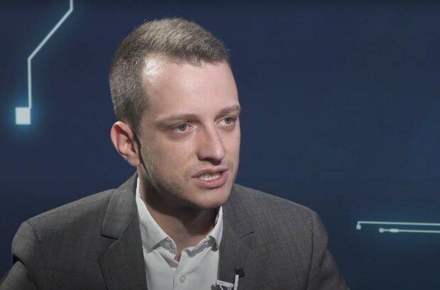 Алексей Устенко, скриншот видео