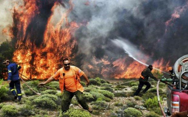 Число жертв пожеж у Греції наближається до сотні