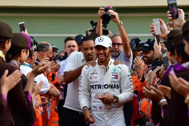 Гран-Прі Абу-Дабі: перемога Хемілтона, видовищна аварія Хюлькенберга і прощальна гонка Алонсо