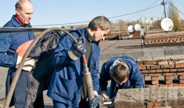 В Харькове в канализационном колодце нашли четыре трупа