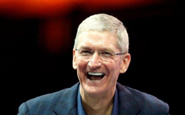 Apple снова унизила Samsung