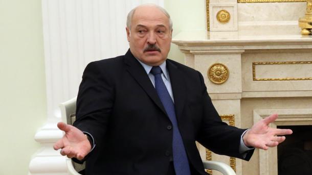 """Лукашенко предложил новый """"конкурс"""" на должность министра: минимум трое детей"""