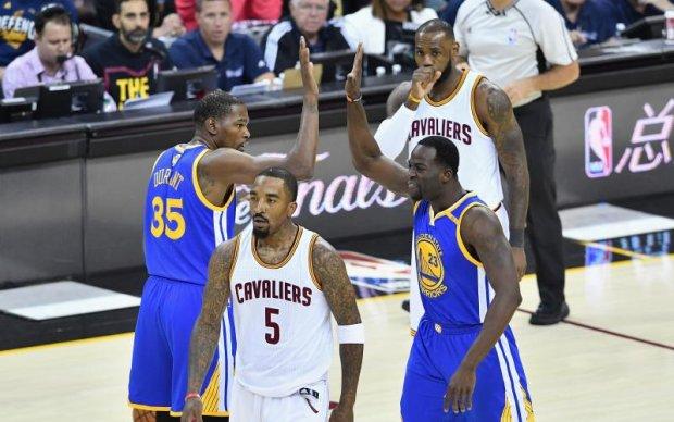 НБА: Голден Стейт вирвав виїзну перемогу над Клівлендом