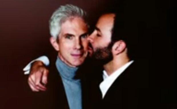 Том Форд и Ричард Бекли, скрин из видео