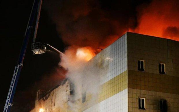 П'ять хвилин на порятунок: версія очевидців трагедії у Кемерово