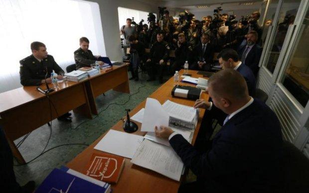 Ні Януковича, ні адвоката: справа про держзраду зайшла в глухий кут