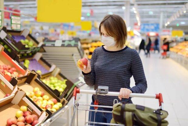 В супермаркете, фото rg.ru