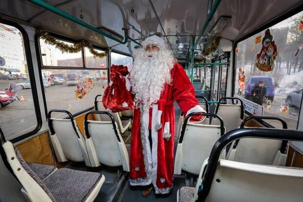 """Хмельнитчан ждут новогодние троллейбусы, праздник приближается: """"Четыре маршрута"""""""