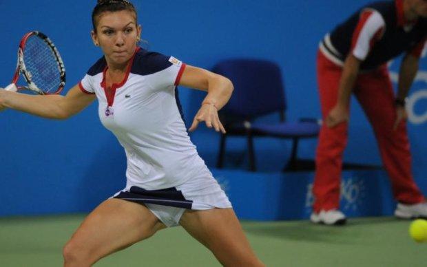 Тенісистка з колись величезним бюстом поділилася стильними фото