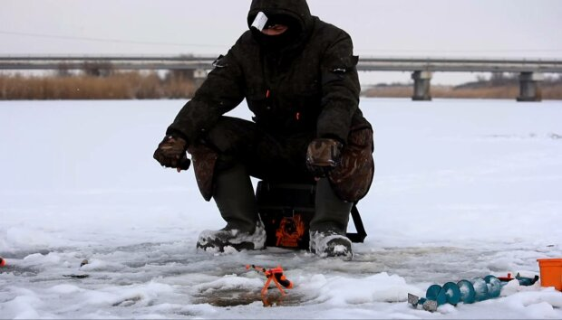 Зимняя рыбалка, фото: скриншот из видео