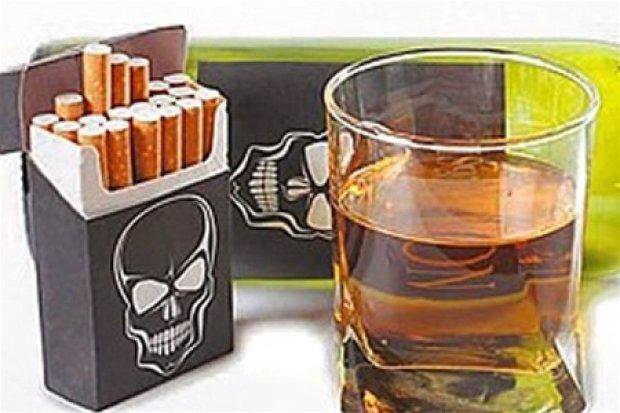 Алкоголь і сигарети для українців важливіші, ніж комуналка