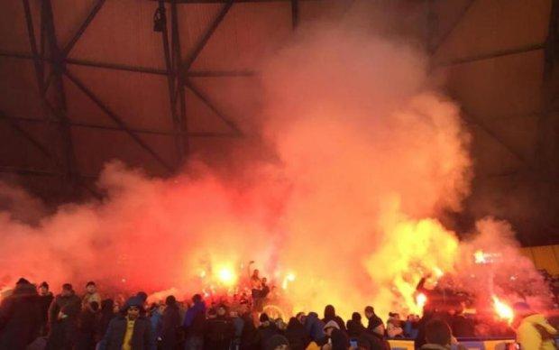 Сожгли флаг: украинцы пытались отомстить Польше, но что-то пошло не так