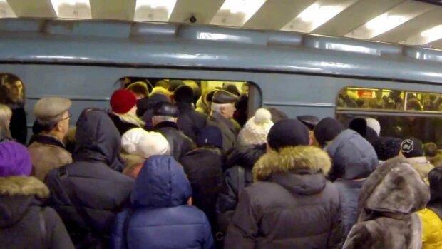 У Кличко придумали, как разгрузить метро в час пик, киевлянам это не понравится