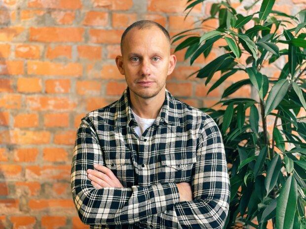 «Можливість контролю віддаленої роботи - це інструмент, який повинен бути на озброєнні у кожного бізнесу», - Олег Яковлєв.