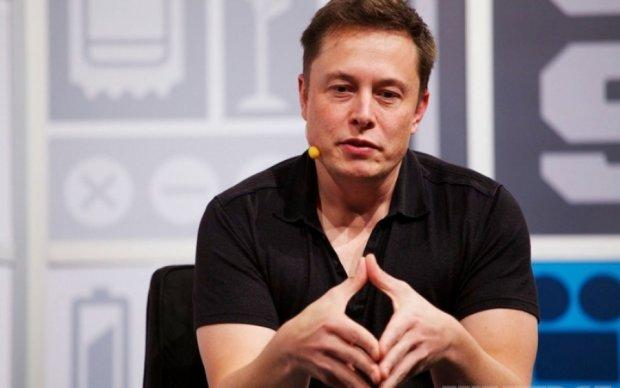 Маск показал удивительную функцию планшетов Tesla