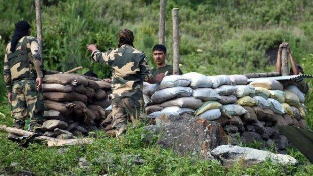 Без жодного пострілу - китайці вбили 20 індійських військових в Гімалаях