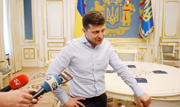"""Зеленський шокував Україну заявою, не очікував ніхто: """"Сиджу і думаю, коли ми переїдемо"""""""