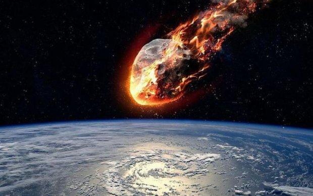 Астероїд розміром з висотку мчить до Землі