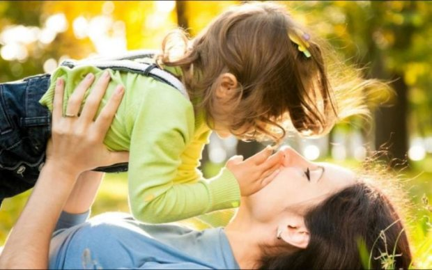 Старі міфи не працюють: ознаки гарної мами
