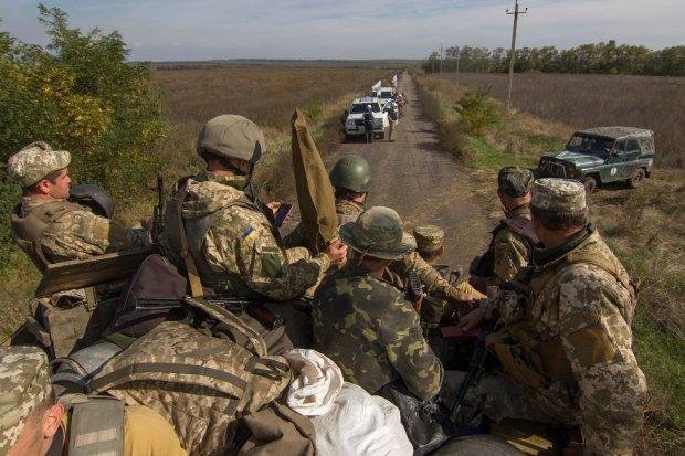Розведення сил на Донбасі: українські воїни майстерно зломили путінських шавок, потужне відео з околиць Донецька