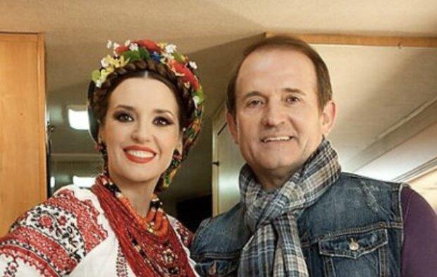 И тихая гавань, и сильные космические войска — Оксана Марченко сказала, что для них с Виктором Медведчуком значит семья