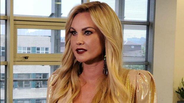 """Самая богатая певица Камалия экстренно оказалась в больнице: """"Не пугайтесь"""""""